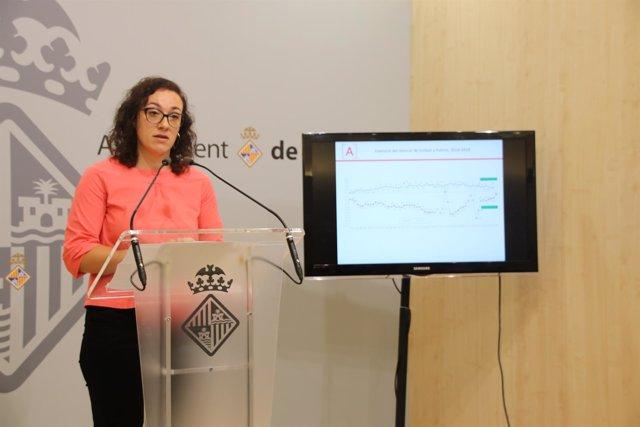 La regidora de Turismo, Comercio y Trabajo, Joana Maria Adrover