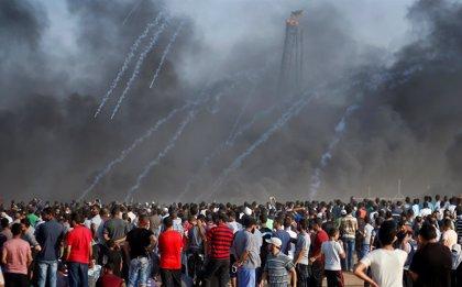 Muere un palestino y 37 resultan heridos por disparos de Israel en una nueva protesta en Gaza
