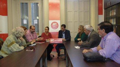 """Adelante muestra a UGT su compromiso para """"luchar contra la precariedad y la siniestralidad laboral"""" en Huelva"""