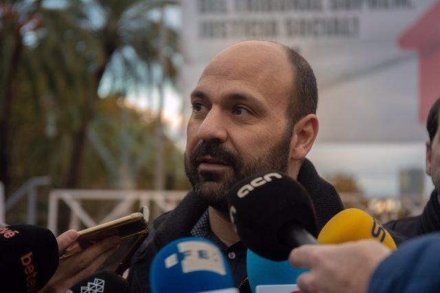 El vicepresident d'Òmnium, Marcel Mauri, davant els mitjans