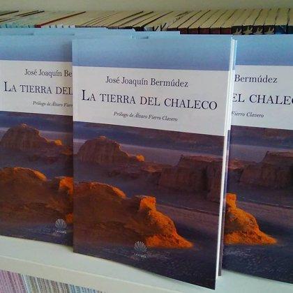 José Joaquín Bermúdez lee este lunes poemas de 'La tierra del chaleco' en los 'Lunes Literarios'