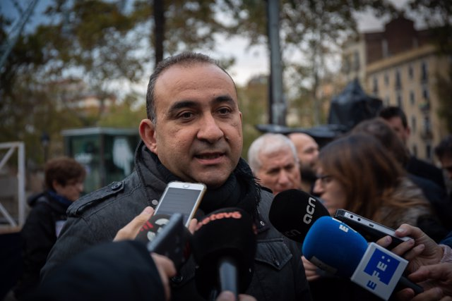 El secretari general de CCOO de Catalunya, Javier Pacheco, davant els mitjans
