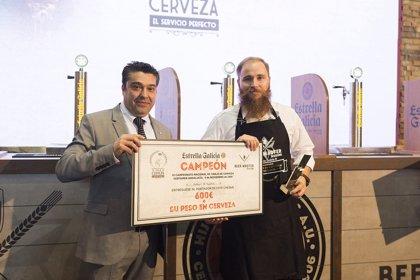 El malagueño Adrián Hermida del restaurante Picnic, proclamado Mejor Tirador de Cerveza Estrella Galicia de Andalucía