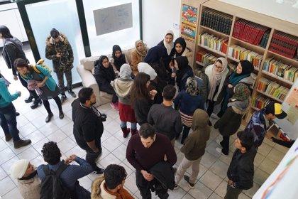 La ONG Ayre solidario celebra este sábado su XX Mercadillo del libro en la Plaza del Punto de Huelva