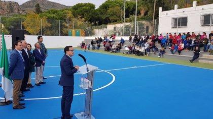 Hornachos inaugura sus pistas polideportivas tras la remodelación realizada por la Diputación de Badajoz