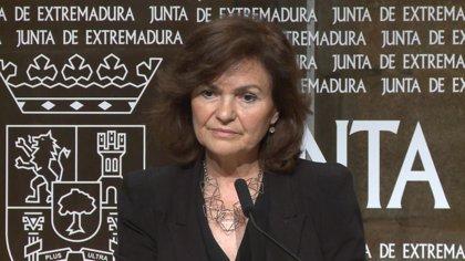 """Calvo subraya que el Gobierno sigue """"cumpliendo el calendario"""" marcado """"desde el minuto uno"""" sobre los restos de Franco"""