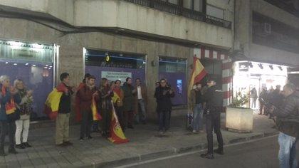Dani Mateo agota las entradas de Teatro Quijano de Ciudad Real pese a las protestas