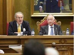 Fausto Romero-Miura, junto al presidente de la Diputación, Gabriel Amat.