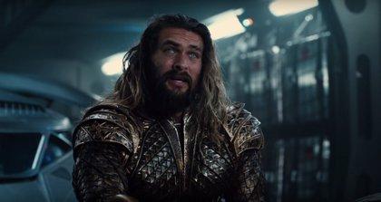 Descubren un tremendo gazapo de una escena de Aquaman en Liga de la Justicia