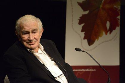 Antonio Gamoneda, uno de los grandes poetas de mitad del siglo XX, protagoniza la VI Jornada de Poesía y Vino de Vivanco