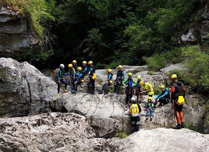 La Unidad de Policía Adscrita amplía el control de turismo activo en el Pirineo al rafting, kayak e hidrospeed