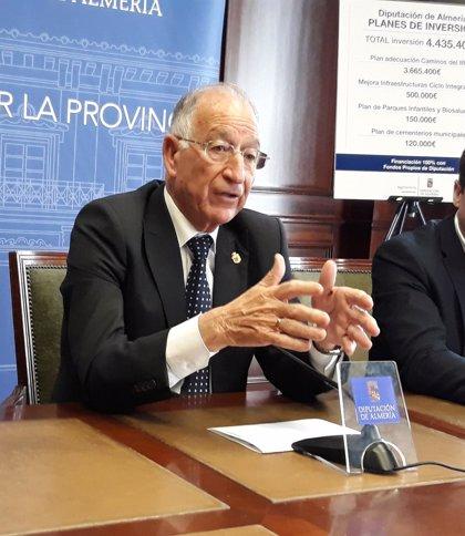 Gabriel Amat se despide de la Diputación con su último Día de la Provincia como presidente