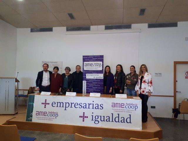 Acto de la Amecoop-a para elegir a Carmen Perea como nueva presidenta