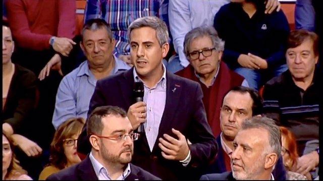 Zuloaga en el comité federal del PSOE en Fuenlabrada
