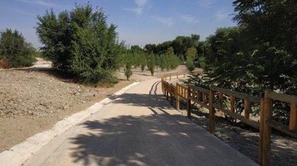 Ayuntamiento inaugura tres sendas ecológicas junto al río Manzanares ampliando los usos recreativos en la ciudad