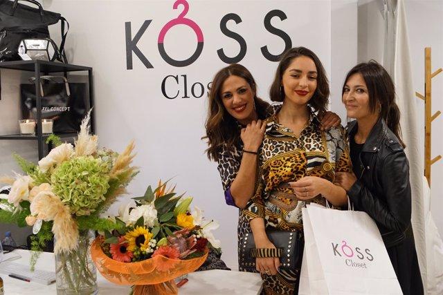 La propietaria de Koss Closet, María Ángeles Pretel (izq).