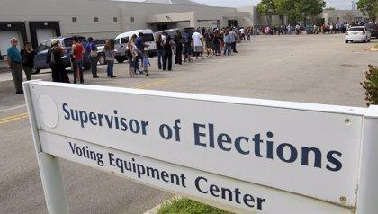 Las autoridades electorales ordenan un recuento de los votos a gobernador y al Senado en Florida