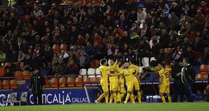 Alcorcón y Deportivo se colocan en ascenso directo
