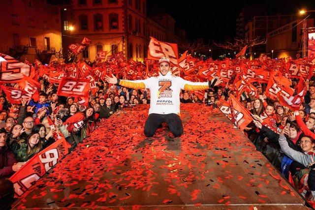 Marc Márquez celebra el séptimo título en Cervera