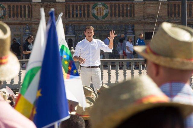 En Sevilla, acto público del presidente de Ciudadanos (Cs), Albert Rivera, para