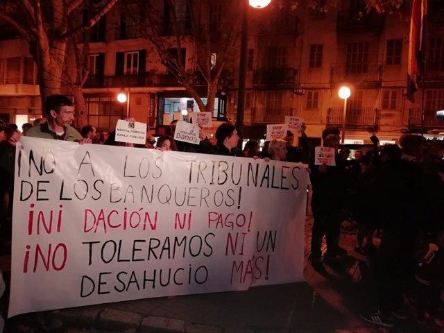 Concentración contra el Supremo y la banca en Palma
