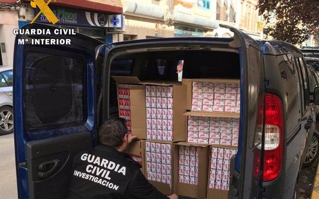 La Guardia Civil interviene en Puente Genil 7.500 cajetillas de tabaco de contrabando