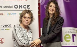 Teresa Palahí,  de la ONCE, y Alba Ancochea, de FEDER