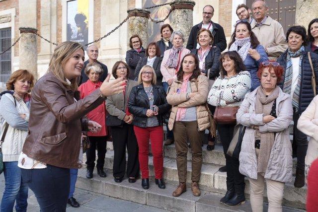 [Sevilla] Rutas Con Nombre De Mujer. Nota De Prensa Y Fotografía.