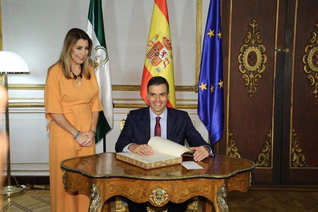 Pedro Sánchez y Susana Díaz se reúnen tras la reunión del Consejo de Ministros c