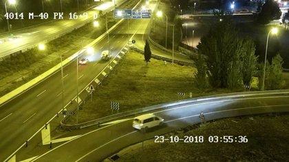 Muere atropellado un hombre de 46 años tras viajar de polizón en una furgoneta y caerse a la vía en la M-40