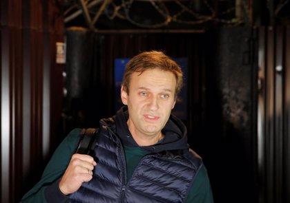 Rusia veta la salida del país del opositor Alexei Navalni
