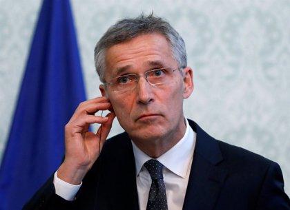 """Stoltenberg ve """"esencial"""" que la OTAN y la UE cooperen en desarrollo de capacidades con la industria"""