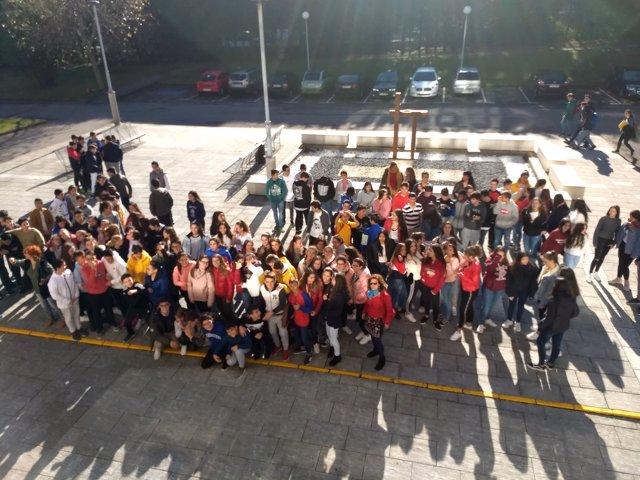 Alumnos asistentes a la campaña de teatro UIMP