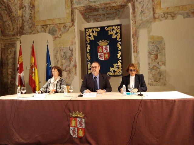 Valladolid.- Fernando Rey durante la entrega de reconocimientos UNICEF