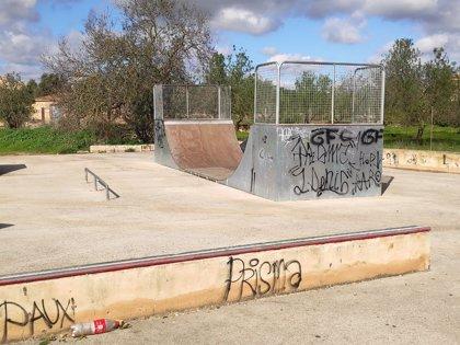 """Cs Santanyí avisa de la """"degradación"""" de la zona de el parque de 'skate'"""