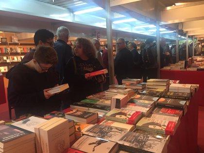 La 'Setmana del Llibre en Català' entregará este miércoles libros a las zonas afectadas por las inundaciones del Llevant