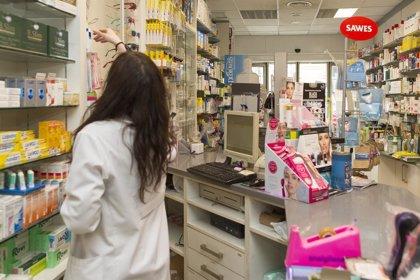 Los distribuidores de medicamentos defienden que los farmacéuticos realicen labores asistenciales