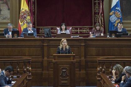 """Los presupuestos """"más altos"""" de Canarias siguen su trámite tras salvar las enmiendas de Podemos, PSOE y NC"""