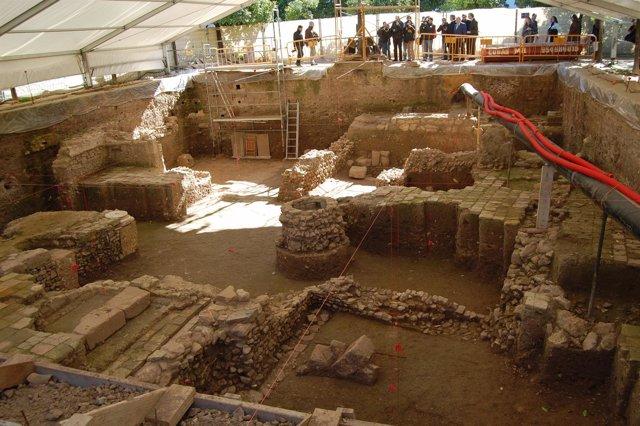 Restos arqueológicos del Pario de Banderas