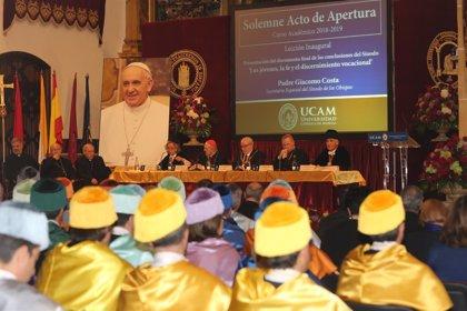 La UCAM abre el curso con el encargo del Papa de la difusión mundial de las ciencias del matrimonio y la familia