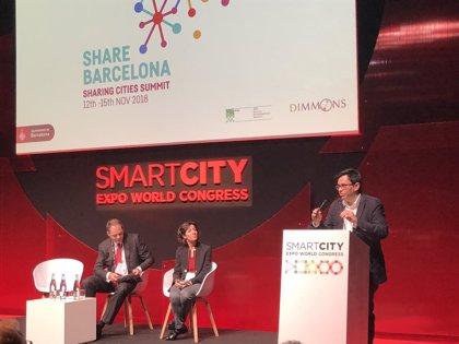 Pisarello apuesta por la soberanía de las ciudades para regular plataformas digitales
