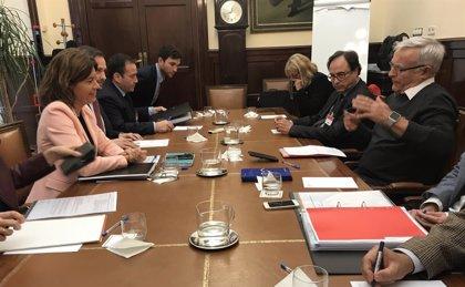 """Consell, Ayuntamiento y Gobierno convocan el consejo del Consorcio València 2007 para que La Marina """"alce el vuelo"""""""