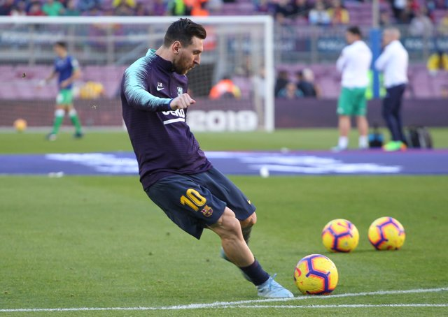Soccer: La Liga - Barcelona v Betis