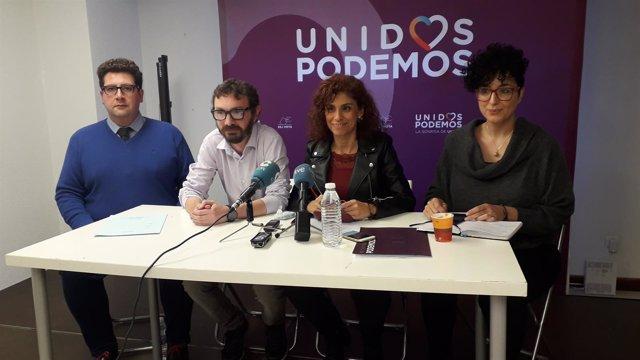 De izquierda a derechoa, Iván Gutiérrez, David González, Rosana Alonso y Belén M