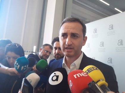 Fomento destituye a César Sánchez como vocal en la Autoridad Portuaria de Alicante