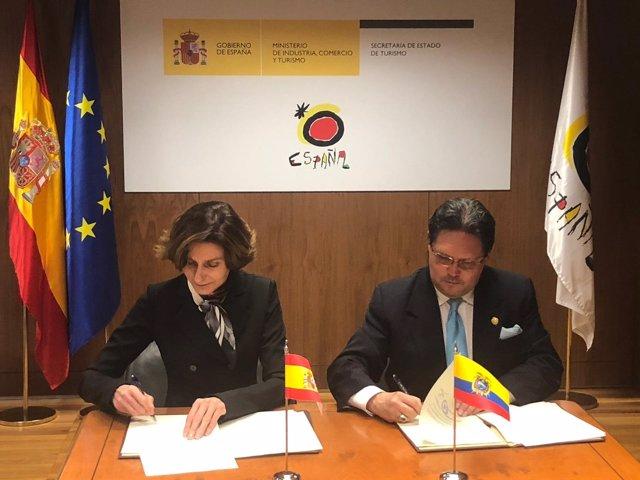 Turismo firma un plan de acción con Turismo de Ecuador