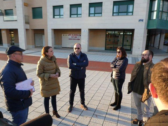 Pilar Vicente se reúne con vecinos de Pinar de Jalón