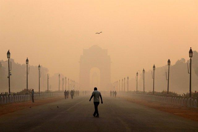 Foto de Nueva Delhi envuelta en una nube de contaminación