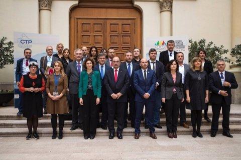 Participants en el plenari del CTP i la ministra d'Andorra Maria Ubach