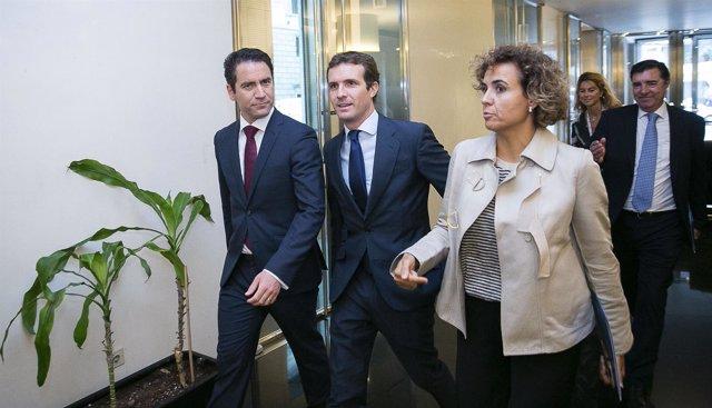 Pablo Casado, Dolors Montserrat y Teodoro García Egea
